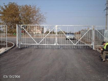 Монтаж ворот и калиток