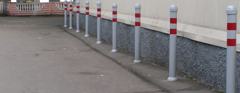 Монтаж парковочных столбиков металлических